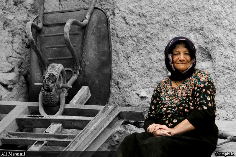 آتلیه عکاسی من ( عکس خوانسار ) - مادر ... - عکس پروفایل مادربزرگ